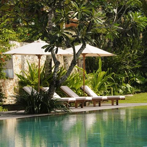 Villa Waringin - Sun Loungers - Pantai Lima, Canggu, Bali