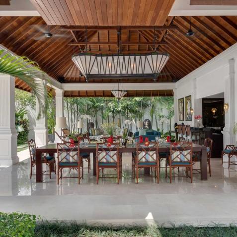 Villa Windu Asri - Outdoor Dining Area - Seminyak, Bali