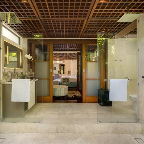 Villa Windu Sari - Guest Suite Bathroom - Seminyak, Bali
