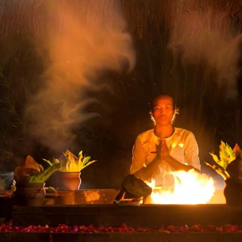 Fivelements Puri Ahisma, Bali - Balinese Fire Ceremony