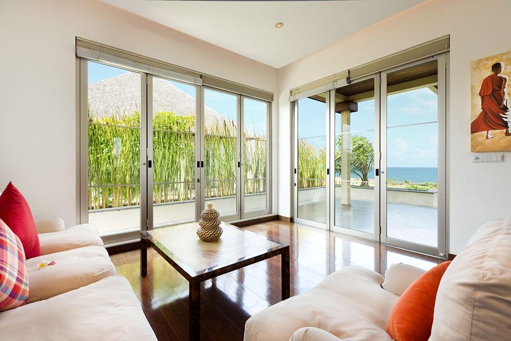Sanur residence 9 bedroom luxury villa ultimate bali for Master bedroom living area