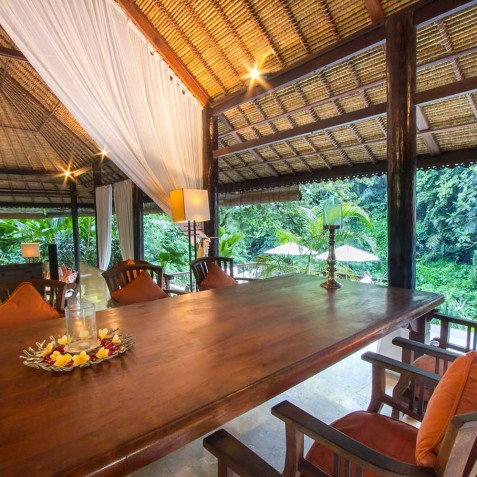 Sukhavati Ayurvedic Retreat & Spa, Bali - Lounge & Dining