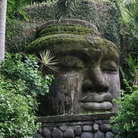 Sukhavati Ayurvedic Retreat & Spa, Bali - Buddha Wall Statue
