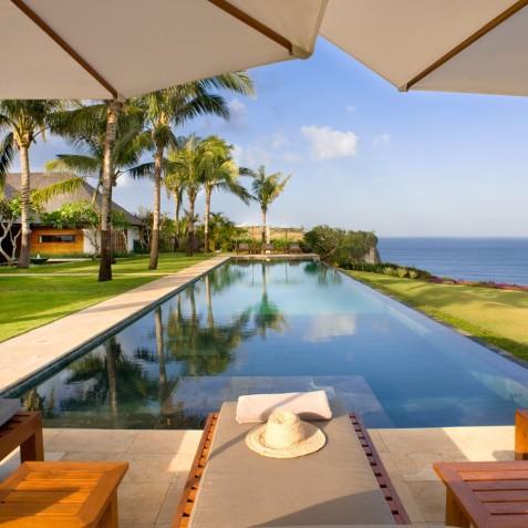 The Istana Bali - Pool & Sun Loungers - Uluwatu, Bali