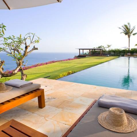 The Istana Bali - Pool & Bale - Uluwatu, Bali