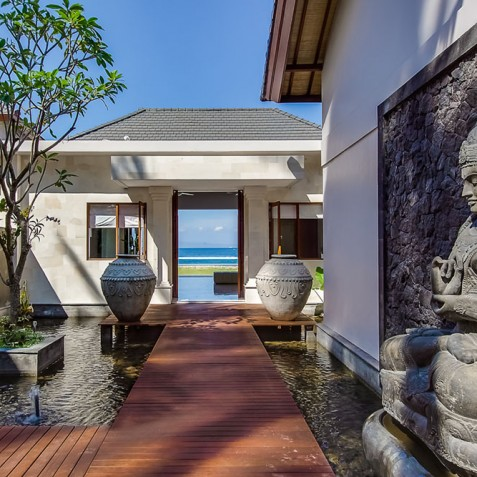 Tirta Nila Beach House, Candidasa, Bali - Entrance