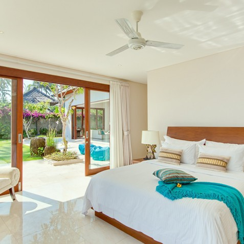 Tirta Nila Beach House, Candidasa, Bali - Oceanfront Guest Bedroom