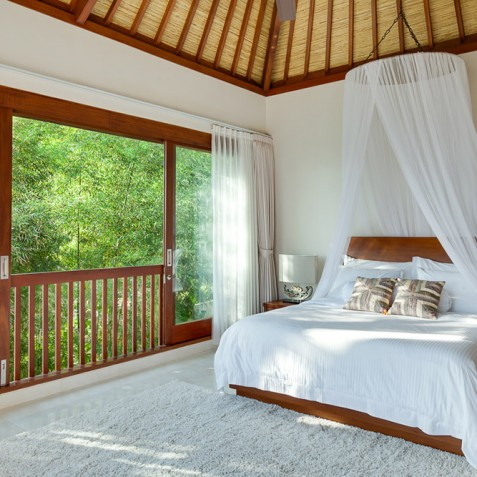 Tirta Nila Beach House, Candidasa, Bali - Upstairs Guest Suite