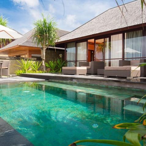 Villa Bayu Gita Beachfront Bali - Master Suite One Plunge Pool