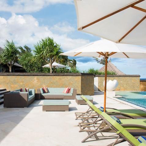 Villa Bayu Gita Beachfront Bali - Pool Deck