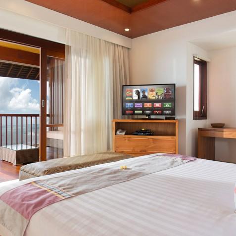 Villa Bayu Gita Beachfront Bali - Upstairs Guest Bedroom