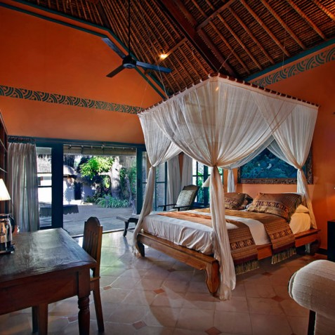Villa Hibiscus, Sanur, Bali - Queen Bedroom