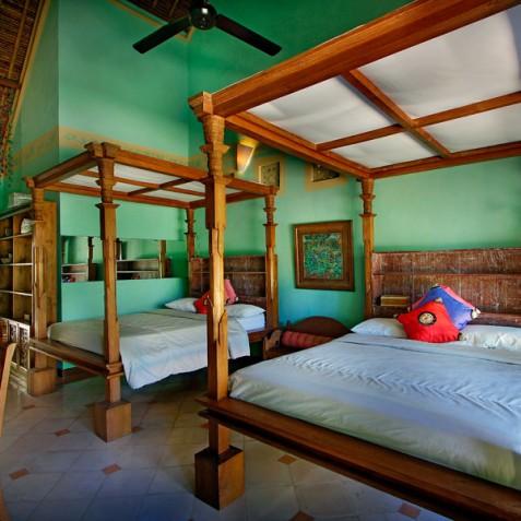 Villa Hibiscus, Sanur, Bali - Twin Bedroom