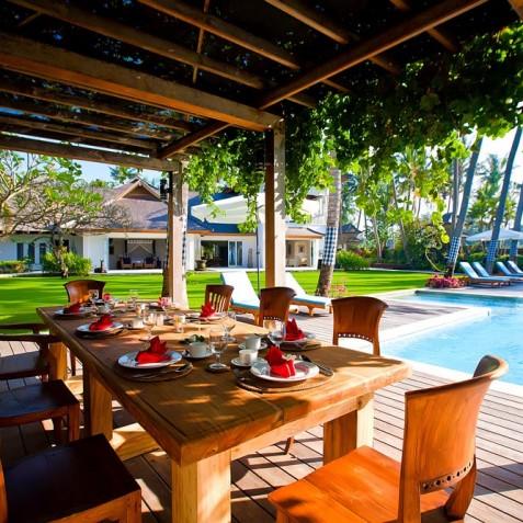 Villa Puri Nirwana, Sanur-Ketewel, Bali - Poolside Dining