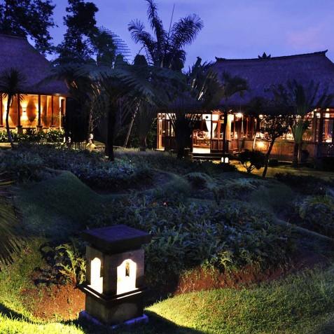 Bagus Jati Health & Wellbeing Retreat, Bali - Restaurant Evening