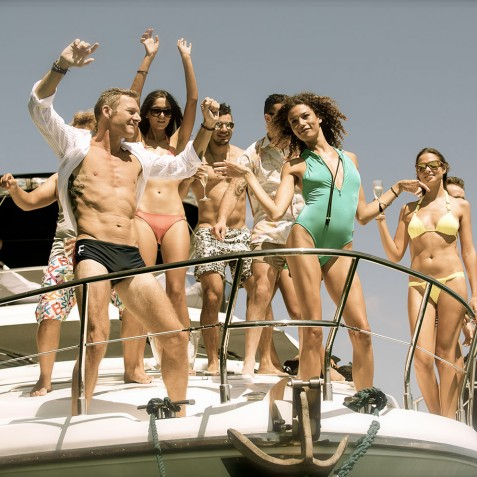 Day Cruises - Burjuman - Luxury Yacht Charter & Cruises - Bali, Indonesia