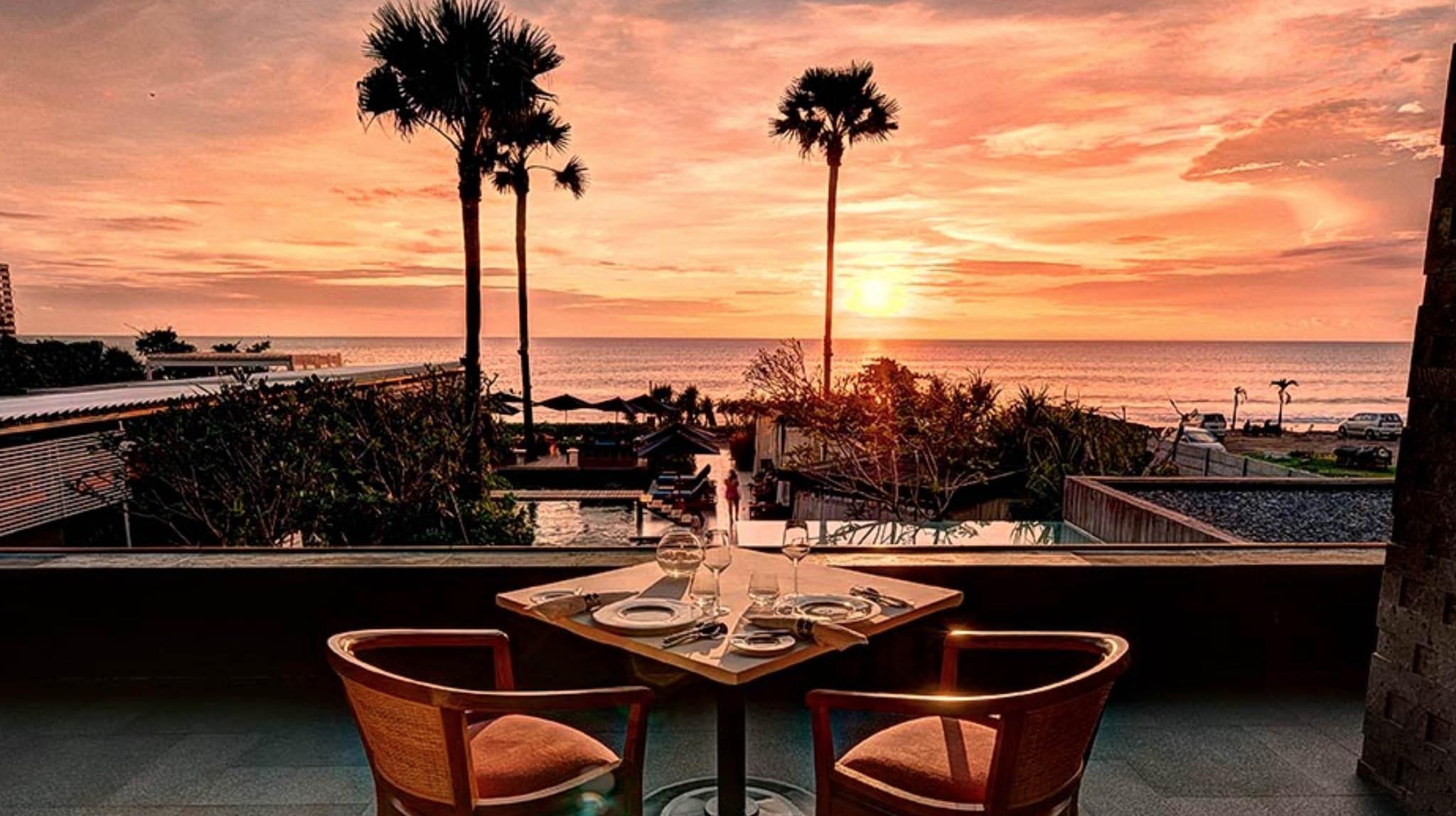 Mozaic Beachclub - Pantai Batu Belig, Bali, Indonesia
