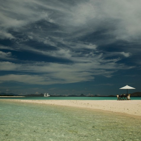 Lunch on Beach - Alexa Private Cruises - Luxury Charter Yacht - Indonesia