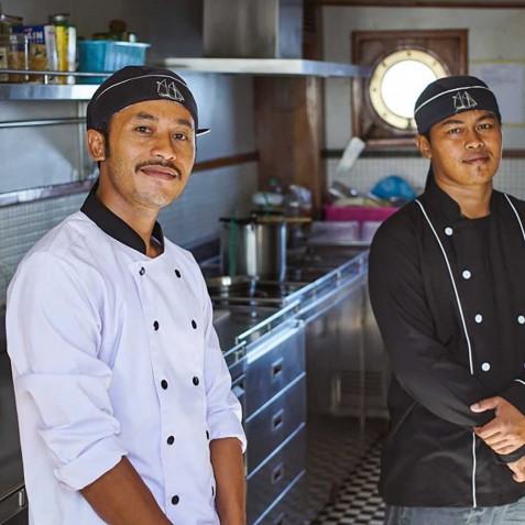 Chef's - Mutiara Laut - Luxury Yacht Charter Indonesia