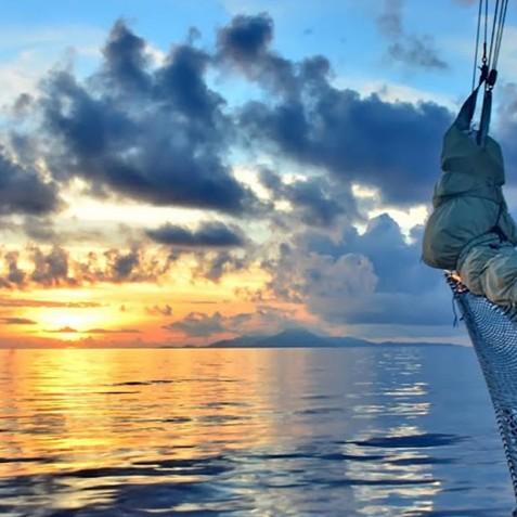 Sunset - Mutiara Laut - Luxury Yacht Charter Indonesia