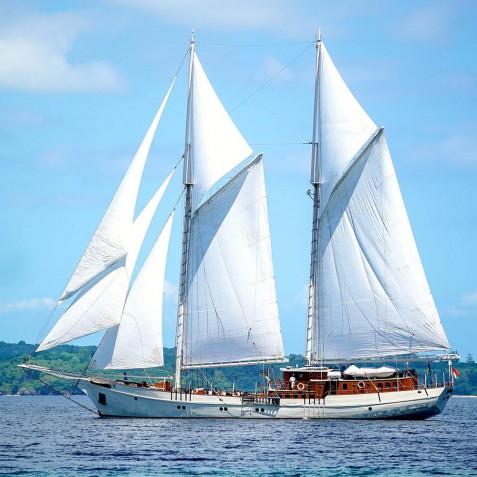 Exterior View - Mutiara Laut - Luxury Yacht Charter Indonesia