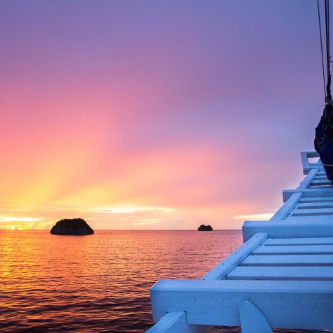 Beautiful Sunsets - Ombak Putih Cruises - Sailing Adventures - Indonesia