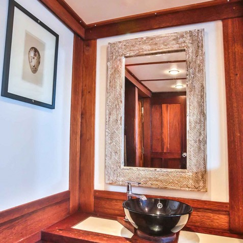Cabin Basins - Ombak Putih Cruises - Sailing Adventures - Indonesia