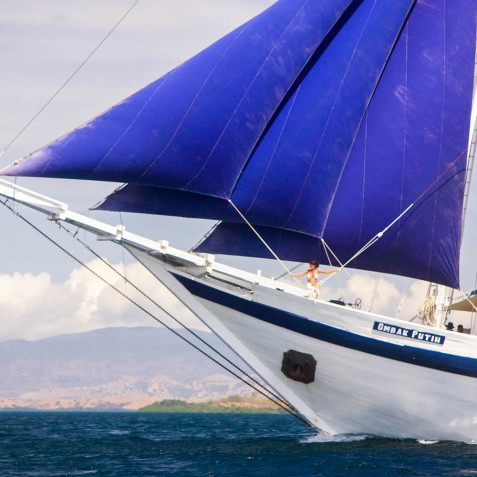 Ombak Putih Cruises - Sailing Adventures - Indonesia