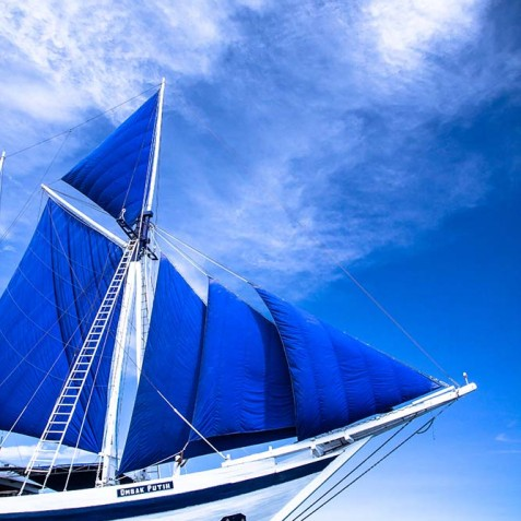 Sails - Ombak Putih Cruises - Sailing Adventures - Indonesia