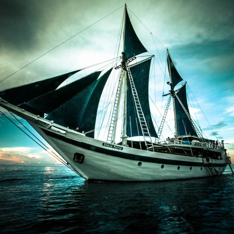 Ship Exterior - Ombak Putih Cruises - Sailing Adventures - Indonesia