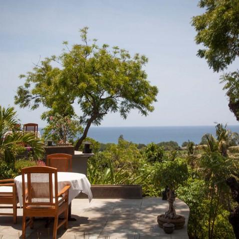 Alfresco Dining - Zen Resort Bali - Indonesia