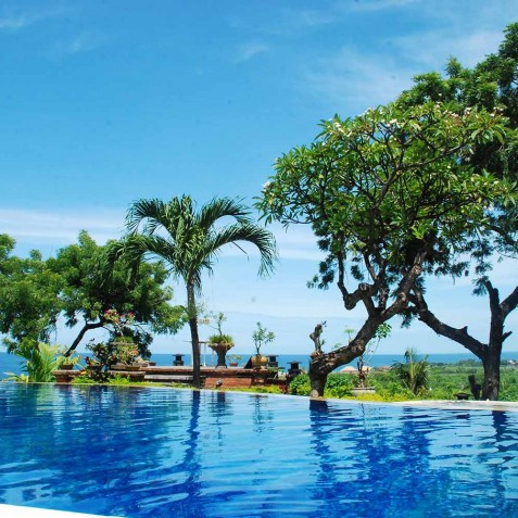Swimming Pool & Sea View - Zen Resort Bali