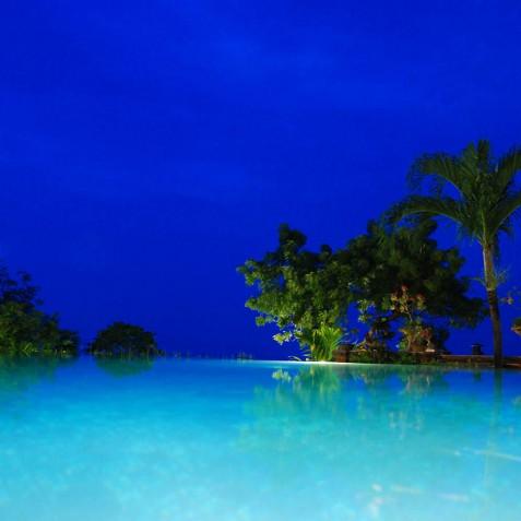 Pool at Night - Zen Resort Bali - Indonesia