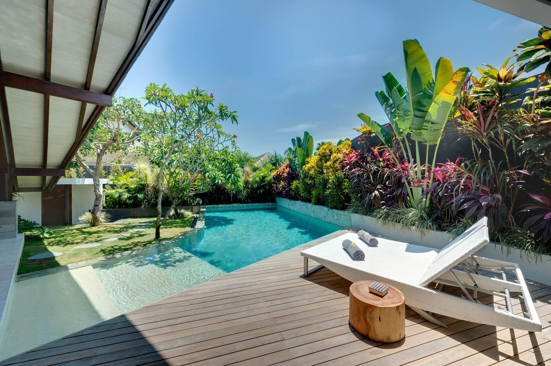 The layar iv 4 bedroom villa seminyak bali ultimate bali for Pool design bali