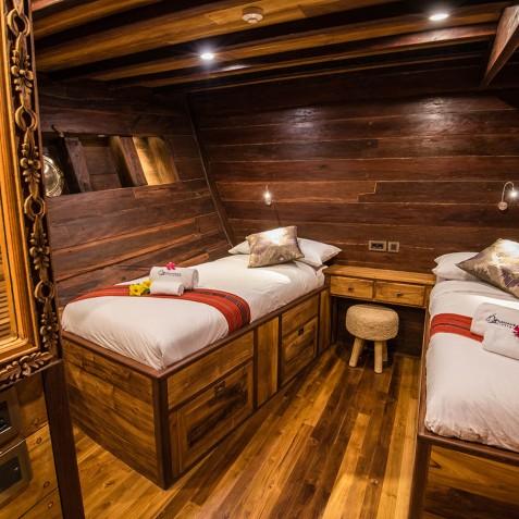 Samambaia - Indonesian Phinisi Yacht Charter