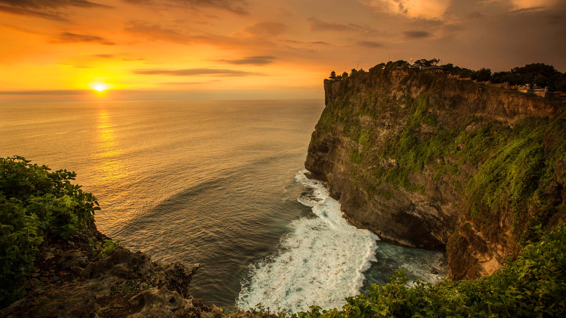 Uluwatu Sunset - Ultimate Bali