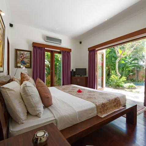 Villa Kalimaya IV - Master Bedroom - Seminyak, Bali