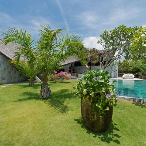 The Layar - 3 Bedroom Villa - Gardens - Seminyak, Bali
