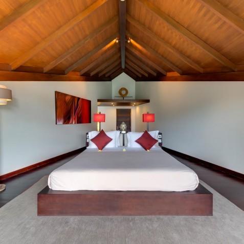 The Layar - 4 Bedroom Villa - Bedroom One - Seminyak, Bali