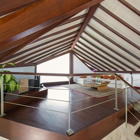 The Layar - 2 Bedroom Villa - Balcony - Seminyak, Bali