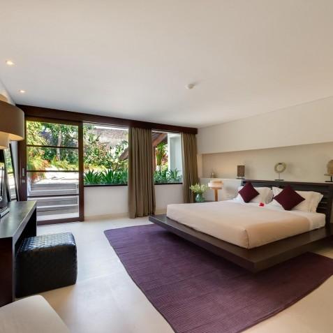 The Layar - 2 Bedroom Villa - Purple Bedroom - Seminyak, Bali