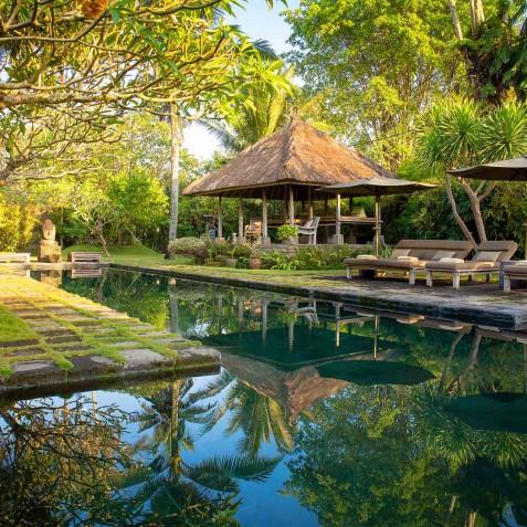 Villa Belong Dua - Seseh-Tanah Lot, Bali - Bale and Pool