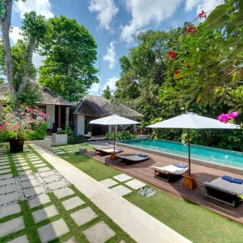 Villa Bunga Pangi Bali - Pool Deck - Canggu, Bali