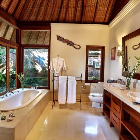 Villa Bunga Wangi Bali - Lily Suite Bathroom - Canggu, Bali