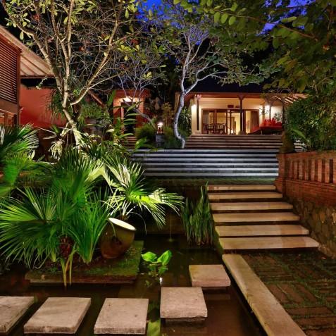Villa Bunga Wangi Bali - Guest Suites at Night - Canggu, Bali