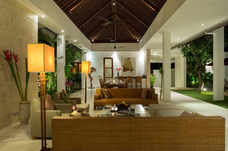 Villa Casa Brio - 4-Bedroom Villa in Seminyak | Ultimate Bali