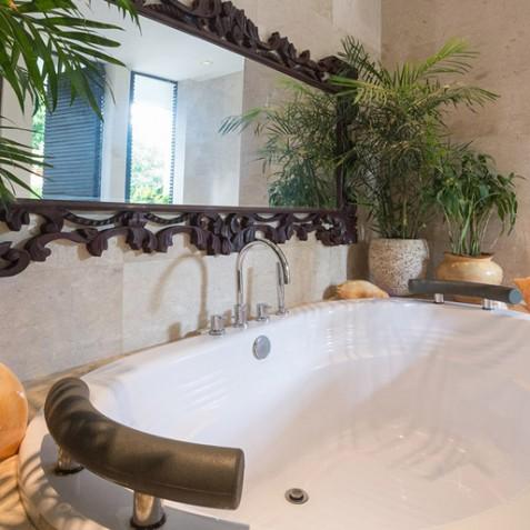 Villa Eshara I - Ensuite Bathroom - Seminyak, Bali