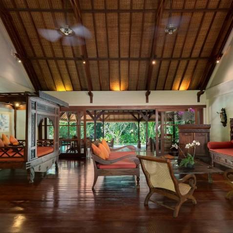 Villa Frangipani Bali - Indoor Living - Canggu, Bali