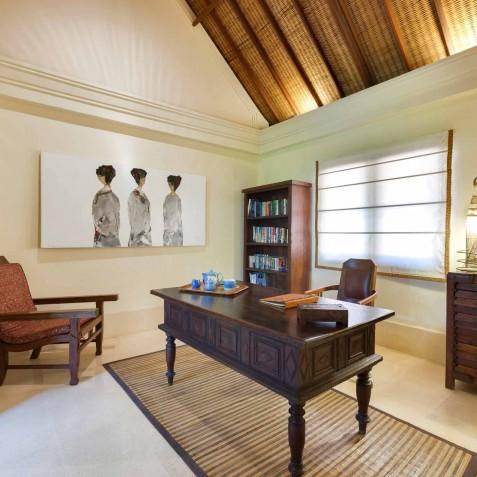 Villa Frangipani Bali - The Study - Canggu, Bali