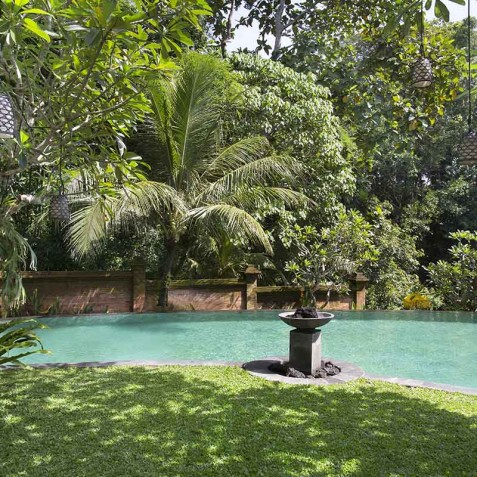 Villa Iskandar Bali - Seseh-Tanah Lot, Bali - Pool and Gardens